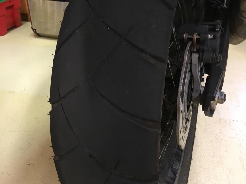 Balade à l'arrache pour finir un pneu Img_7210
