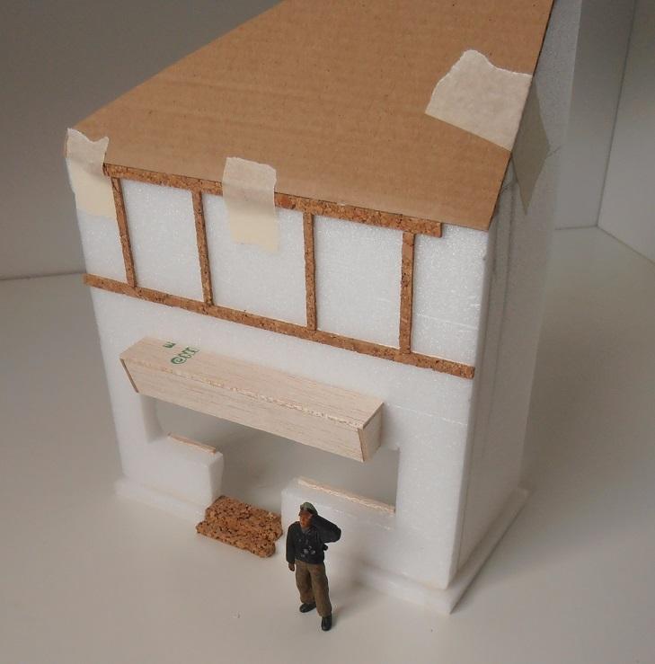 Maison au 1/35eme ( scratch ) P7271912
