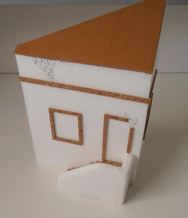 Maison au 1/35eme ( scratch ) P7271914