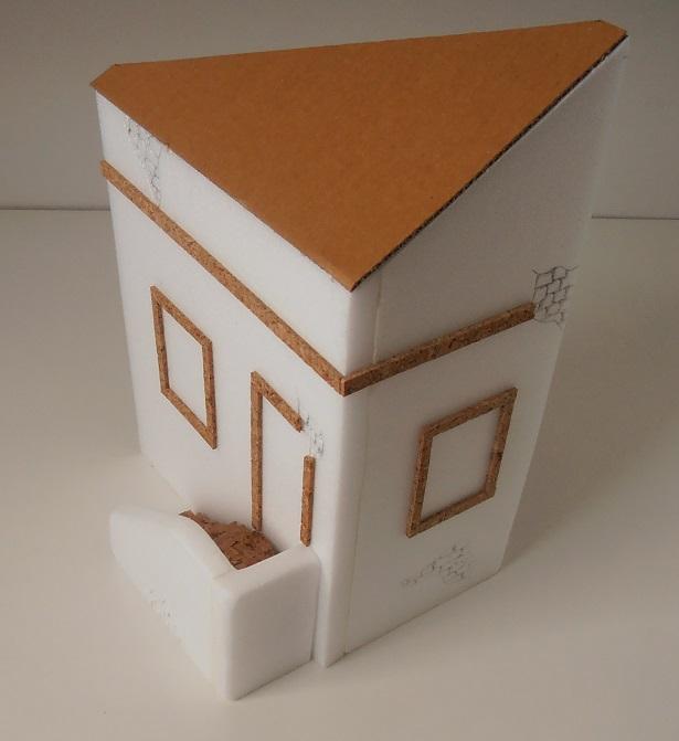 Maison au 1/35eme ( scratch ) P7271916