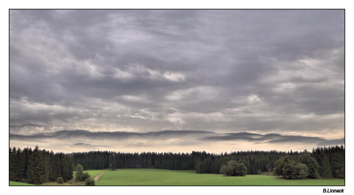 Ciel de pluie sur la haute Combe de Morbier Combe10