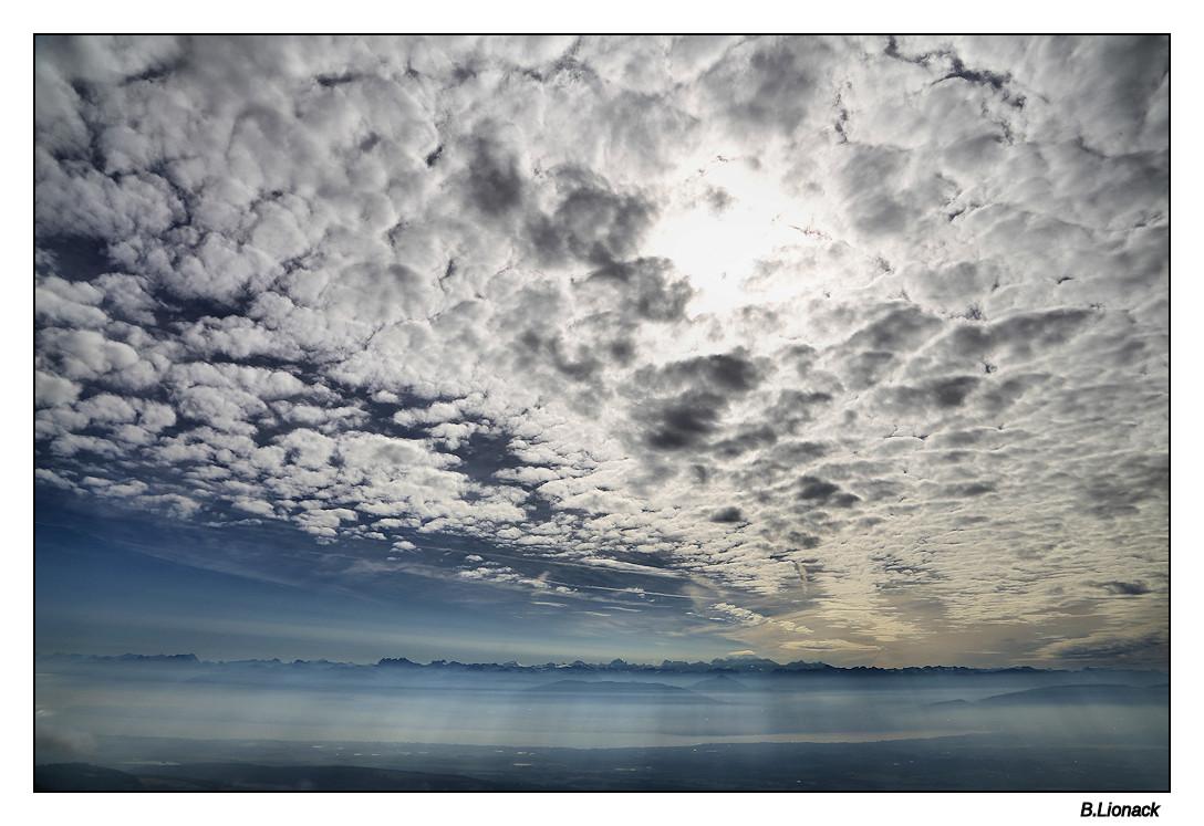 """""""Ciel moutonneux, demain il pleut"""" Nebule10"""