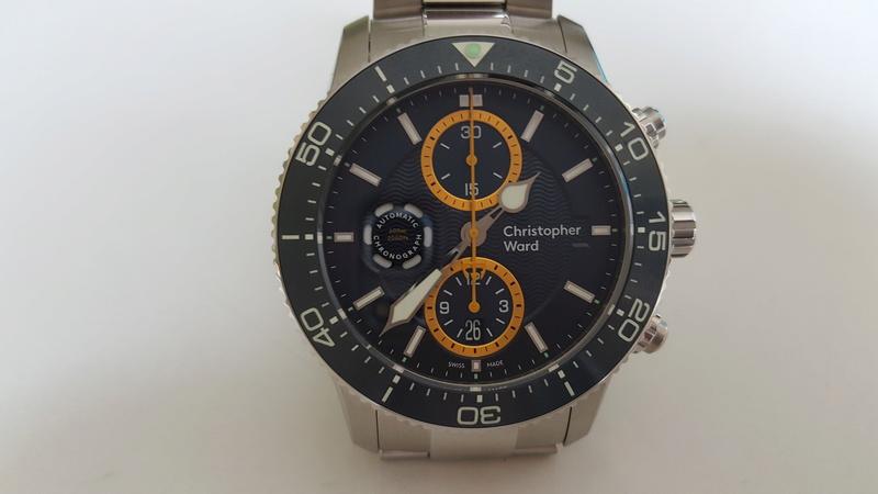 ward - un chronographe de plongée Christopher Ward, Trident C60 pro 600. 20170717