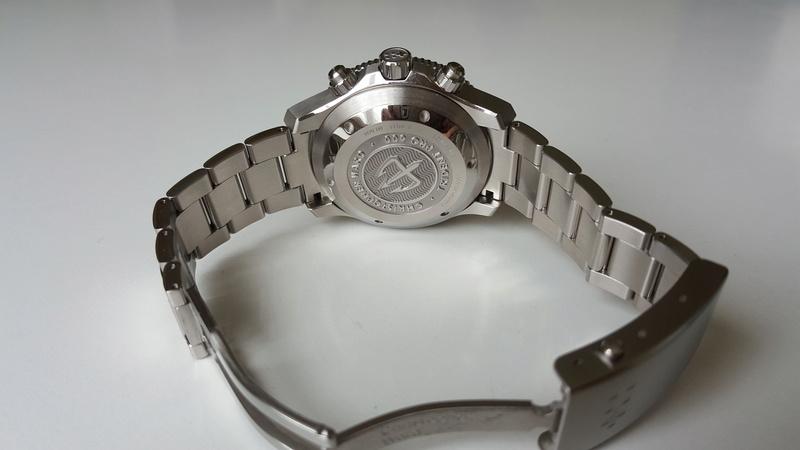 ward - un chronographe de plongée Christopher Ward, Trident C60 pro 600. 20170729