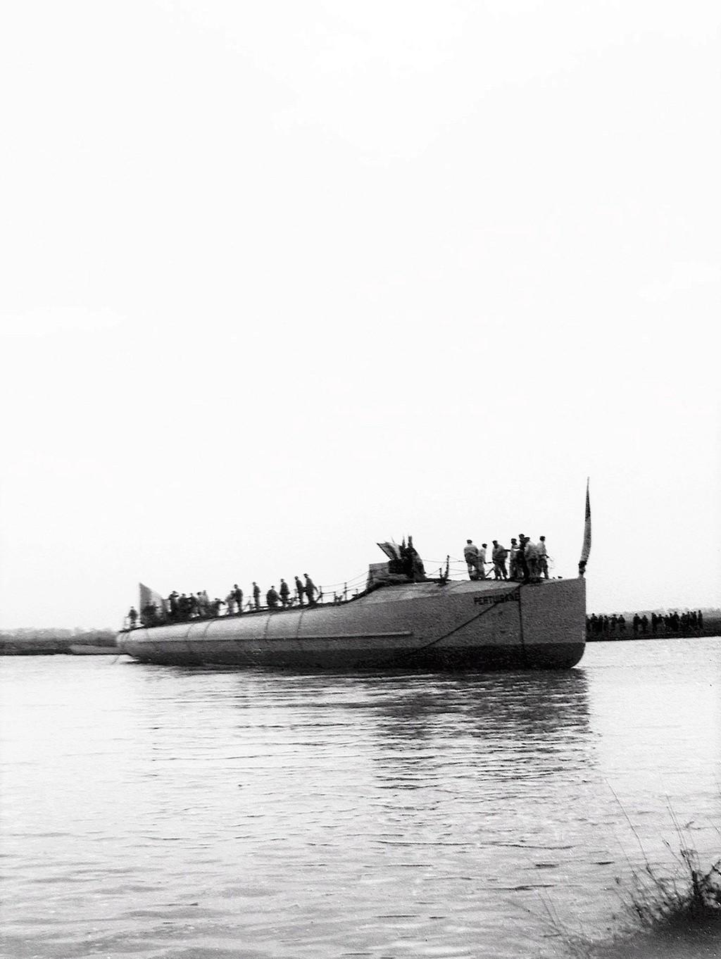 Les contre-torpilleurs français Pertui10
