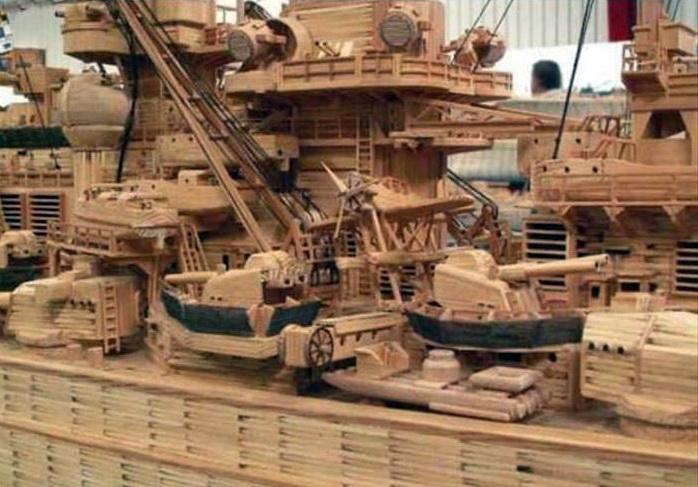 71 000 allumettes pour un Tirpitz Tirp310