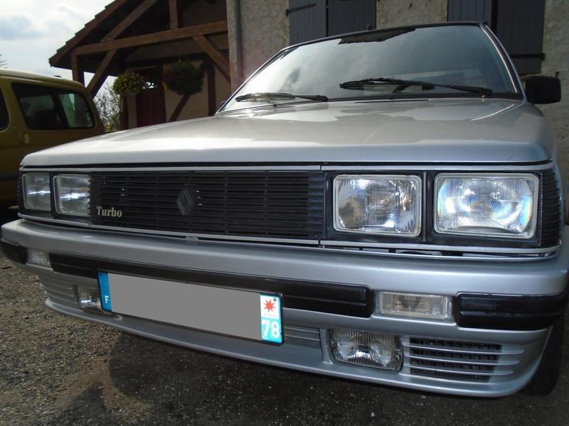 R9 Turbo 1986 de Guigui69.69 - Page 38 Dsc05013