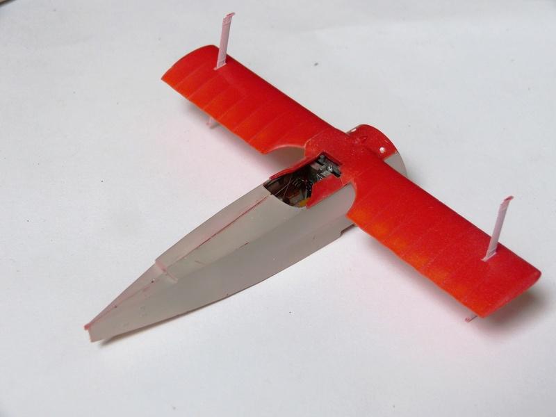 Fokker Dr.1 1/48 Revell (Eduard) P1120739