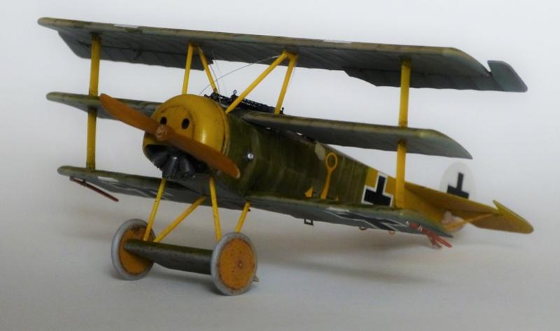 Fokker Dr.1 1/48 Revell (Eduard) P1120811