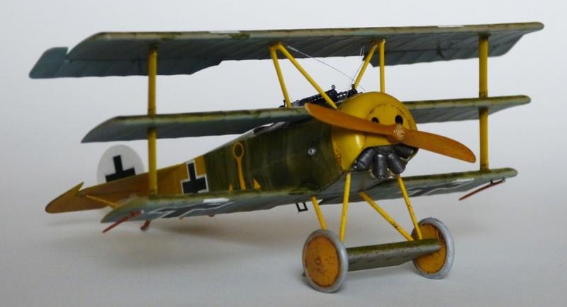 Fokker Dr.1 1/48 Revell (Eduard) P1120812