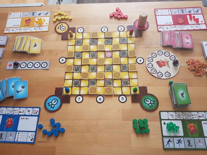 CR 13/03/2017 Bomberman deck building game 21587010
