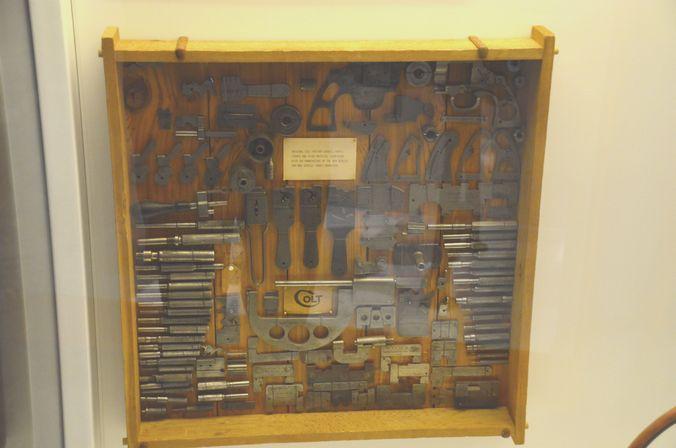 le  1er Scharp et Colt aux US..etc... Dsc_0210