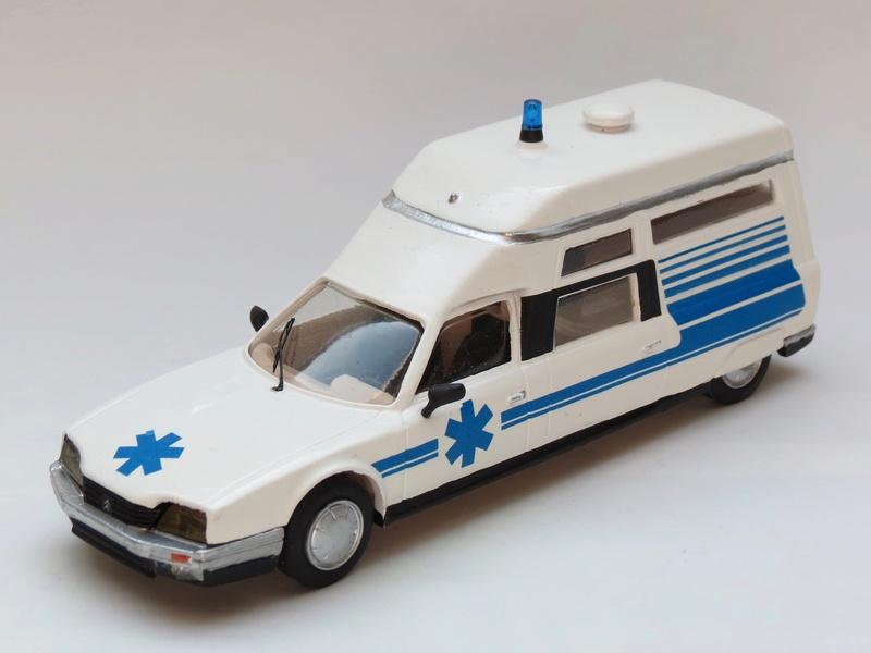 """Citroën miniatures > """"Ambulances, transports de blessés et assistance d'urgence aux victimes"""" 1984_c10"""