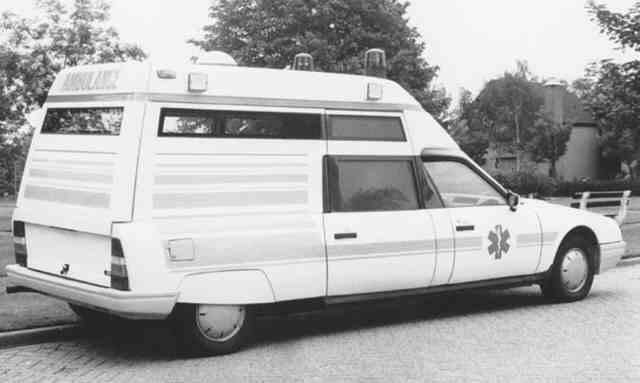 """Citroën miniatures > """"Ambulances, transports de blessés et assistance d'urgence aux victimes"""" Cx-amb10"""