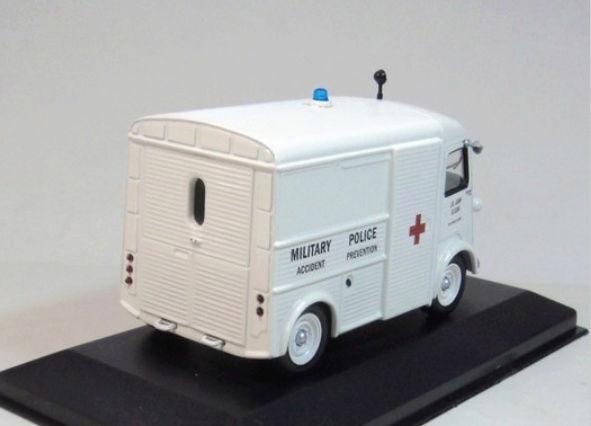 """Citroën miniatures > """"Ambulances, transports de blessés et assistance d'urgence aux victimes"""" Xo_clc13"""