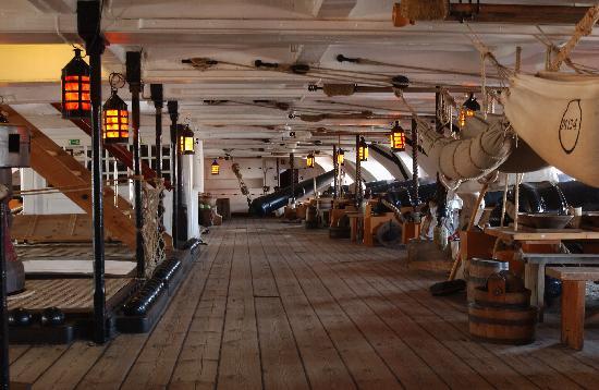 Visite du HMS Victory Hms-vi10