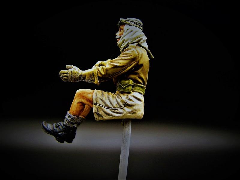 SAS  dans le desert  ( figurine mantis 1:35) Img_5839