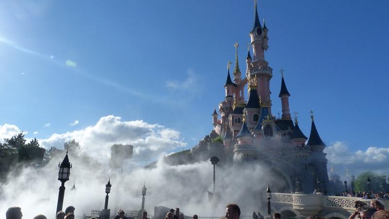 La Magie Disney en Parade ! (2012-2017) - Page 18 P1100710