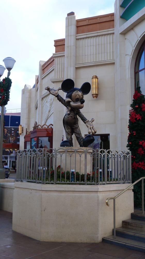 [Disney Village] Boutique World of Disney (12 juillet 2012) - Page 43 P1170547
