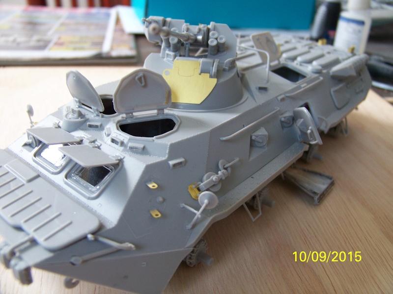 BTr 80 apc de Trumpeter au 1/35 - Page 2 100_3713