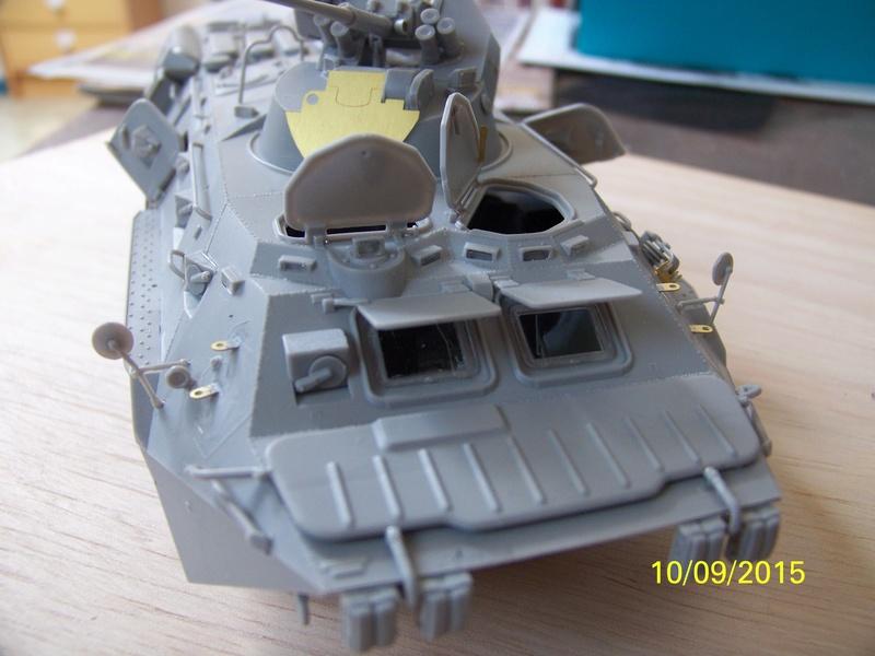 BTr 80 apc de Trumpeter au 1/35 - Page 2 100_3714