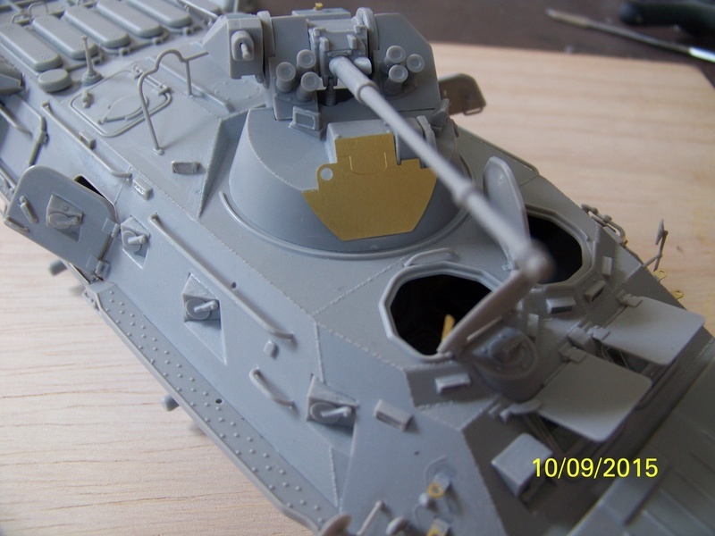 BTr 80 apc de Trumpeter au 1/35 - Page 2 100_3719