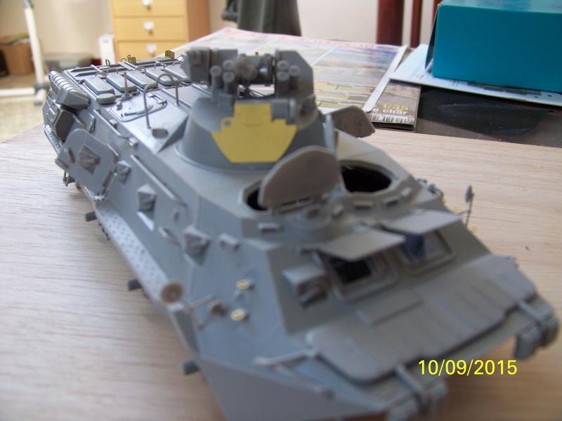 BTr 80 apc de Trumpeter au 1/35 - Page 2 100_3720