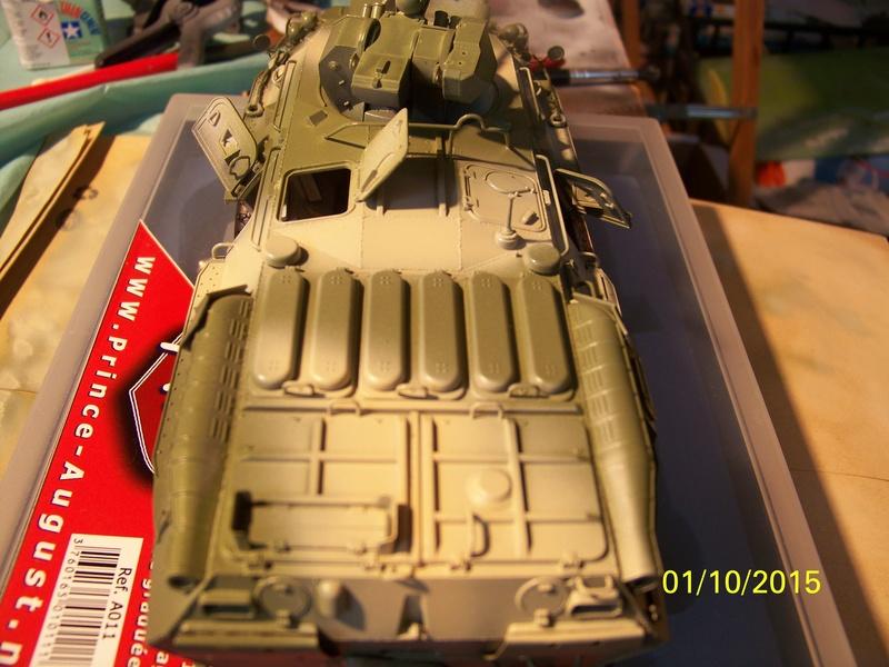 BTr 80 apc de Trumpeter au 1/35 - Page 2 100_3725