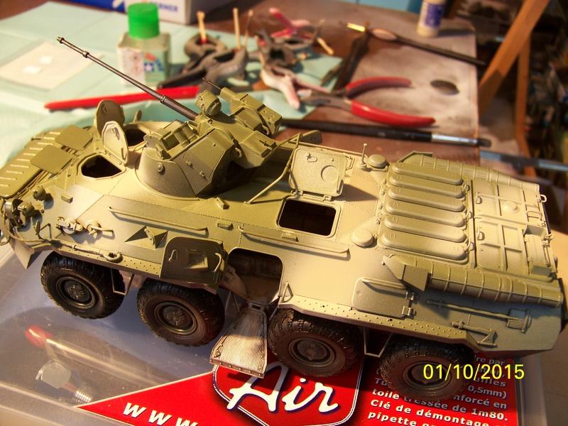BTr 80 apc de Trumpeter au 1/35 - Page 2 100_3730