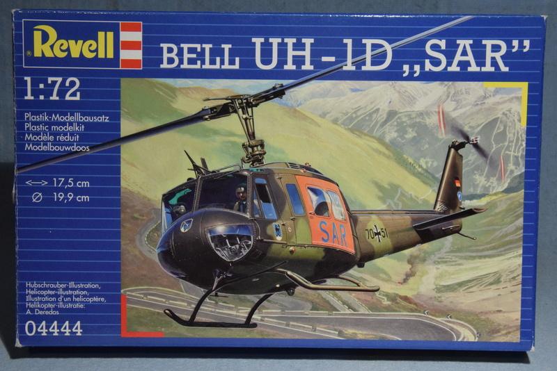 """Bell Huey UH-1H """"NASA"""" - Revell - 1/72 00116"""