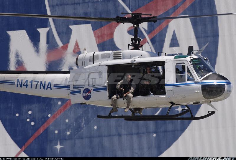 "Bell Huey UH-1H ""NASA"" - Revell - 1/72 4f177411"