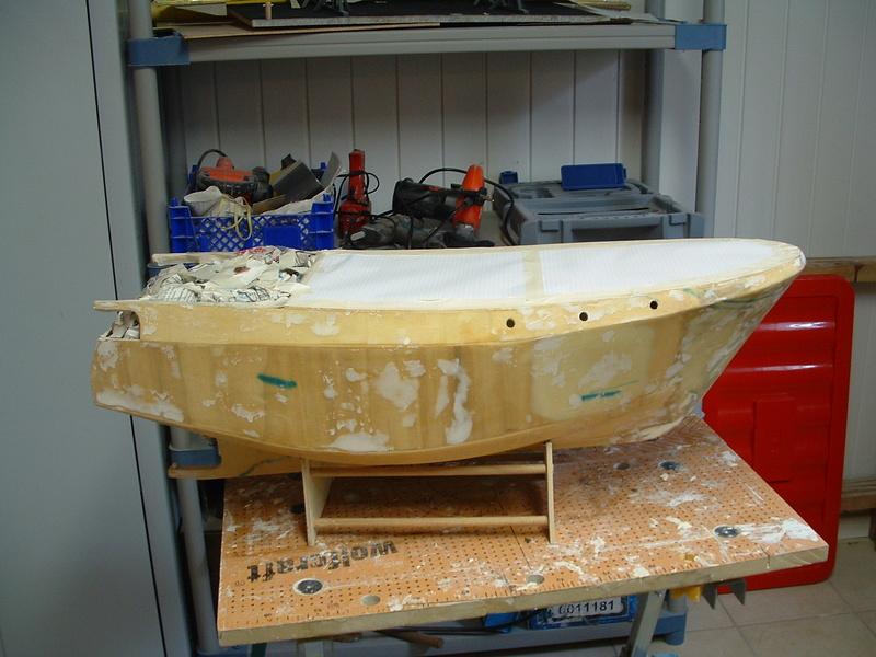 Un boomboat tout rouillé - Page 2 Cons3510
