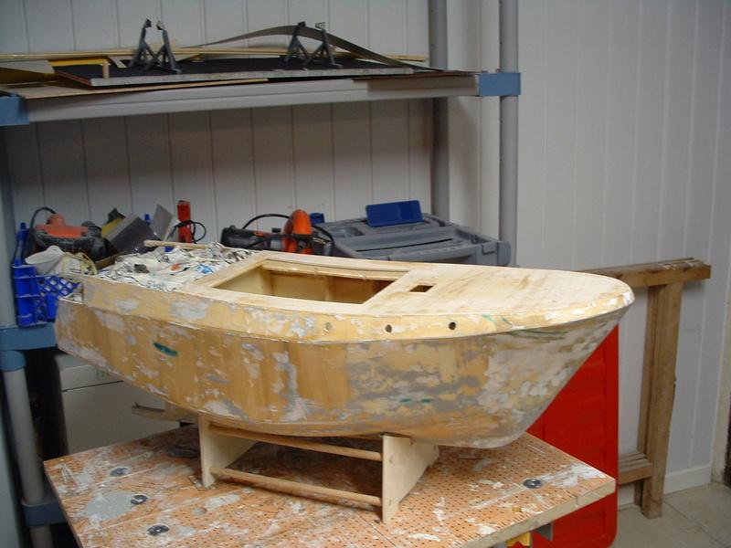 Un boomboat tout rouillé - Page 2 Cons4010