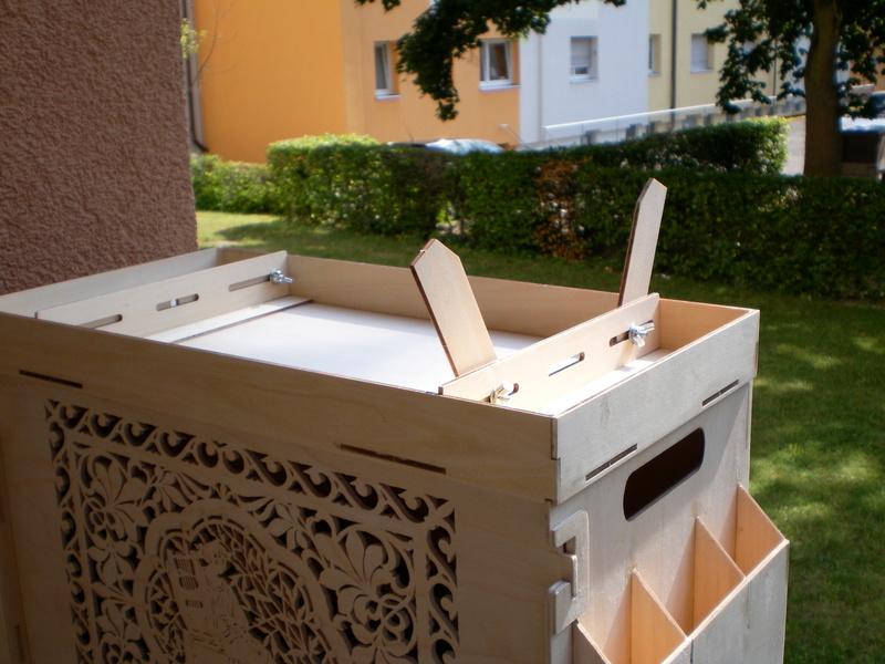 Artesania Latina Werkzeugbox Sany0925