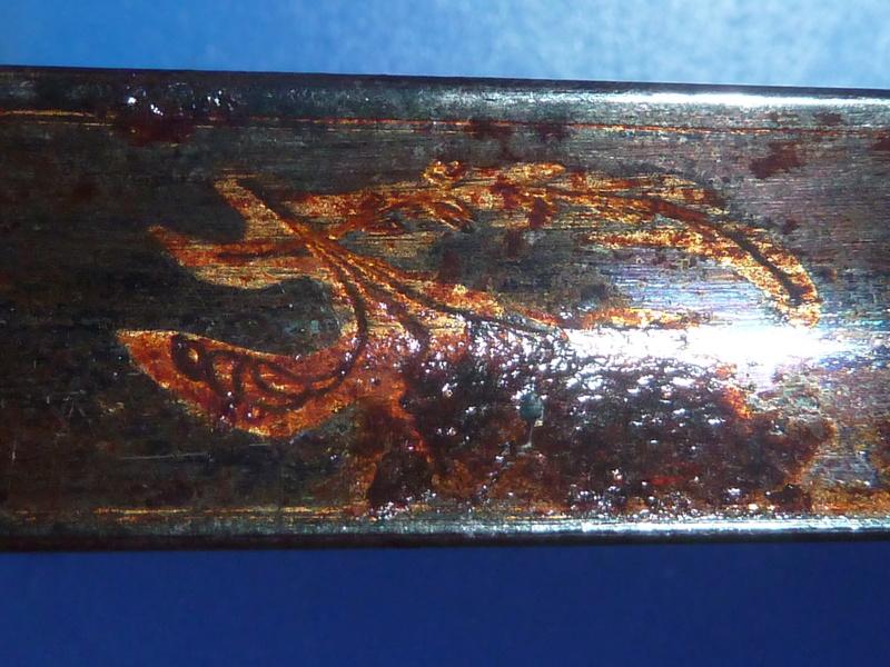 Une épée étonnante P1180313