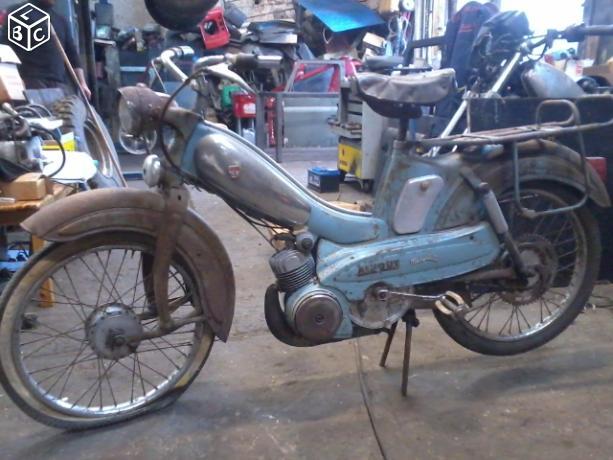 Restauration d'une Mobylette AV 87 Av871010