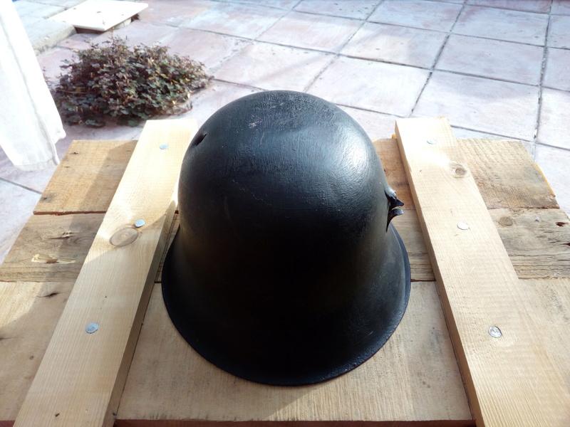 Coque de casque model 42 peu être ss Img_2037