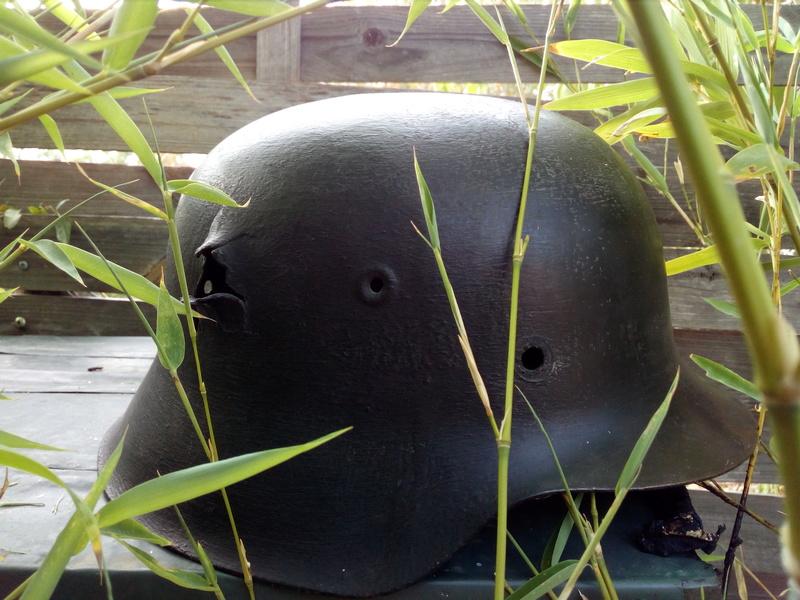 Coque de casque model 42 peu être ss Img_2039