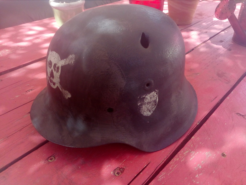 Coque de casque model 42 peu être ss Img_2052