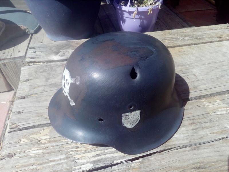 Coque de casque model 42 peu être ss Img_2056