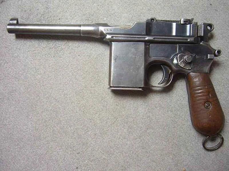Mauser C96 schnellfeuer P1070010