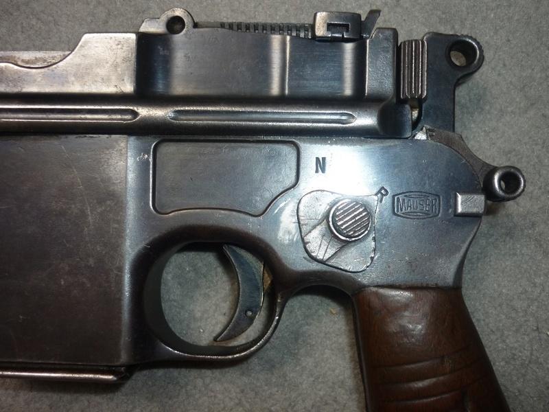 Mauser C96 schnellfeuer P1070012