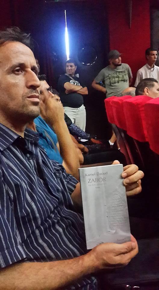 Kamel Daoud à Béjaia le mercredi 23 août 2017 - Page 2 14102