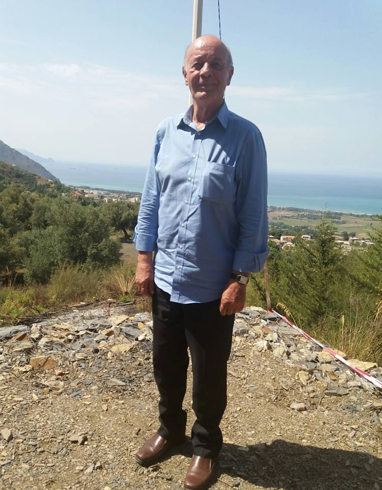L'écrivain Armand Vial en tournée à Aokas le 08 juillet 2017 Armand11