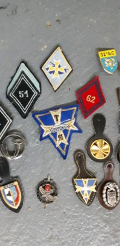 Lot insignes. 20210826