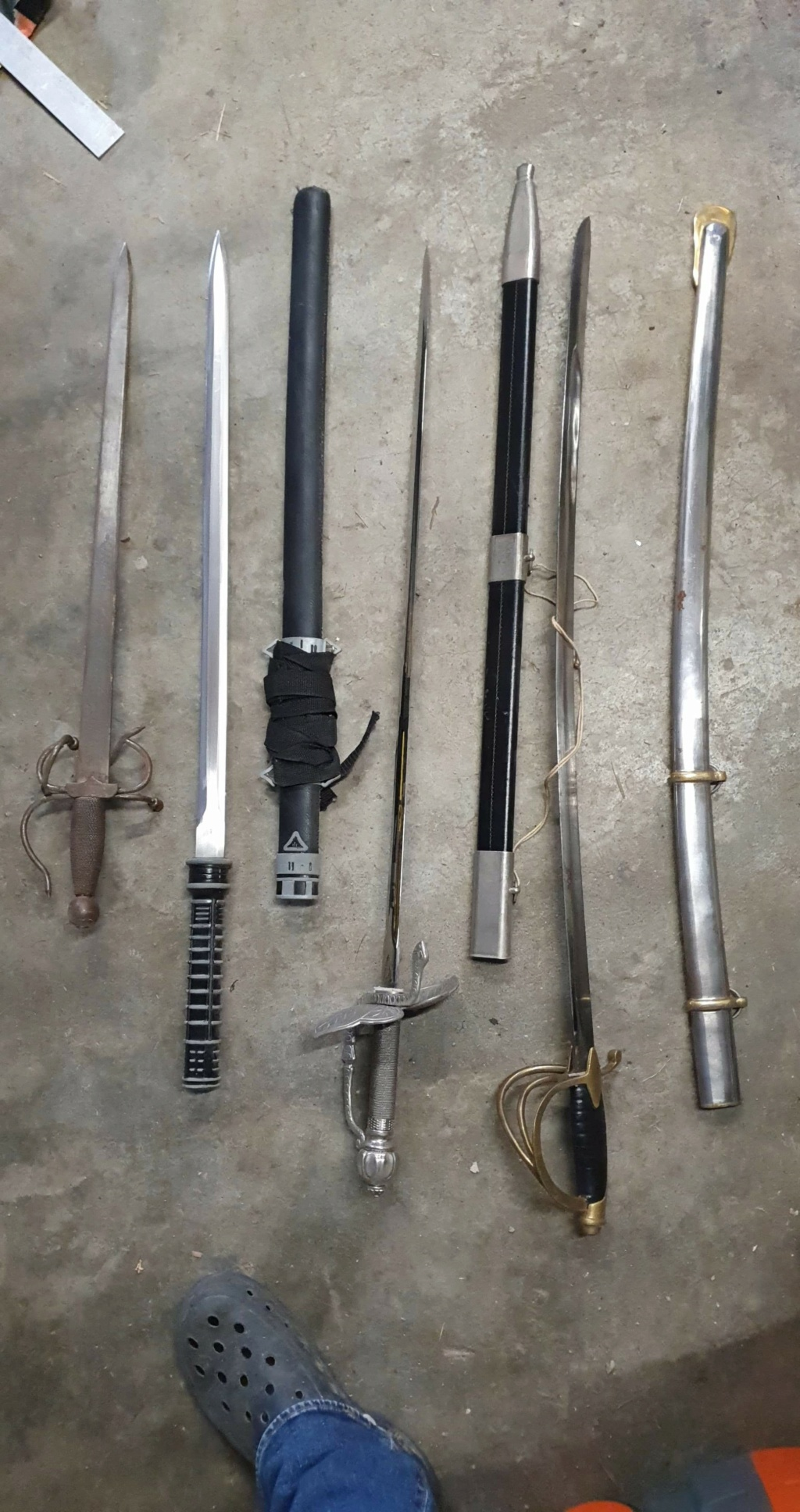 Lot armes blanches  Receiv81