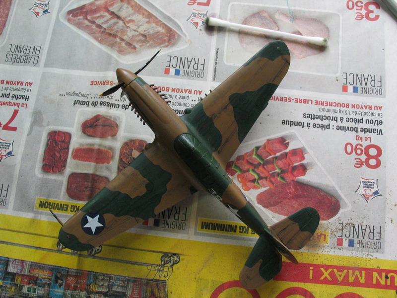 16h pour un ch'ti P40 E de l'USAAF (HobbyBoss au 72) - Page 3 P40_e_12
