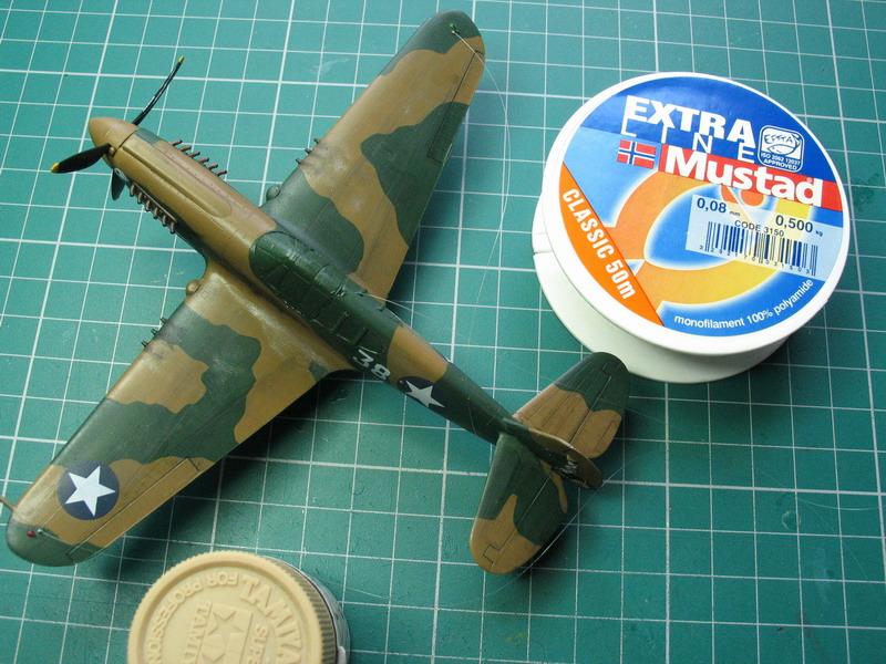 16h pour un ch'ti P40 E de l'USAAF (HobbyBoss au 72) - Page 3 P40_e_16