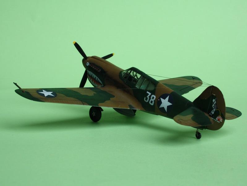 16h pour un ch'ti P40 E de l'USAAF (HobbyBoss au 72) - Page 3 P40_e_20