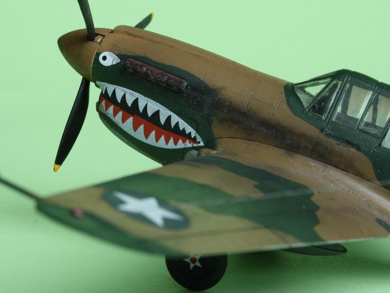 16h pour un ch'ti P40 E de l'USAAF (HobbyBoss au 72) - Page 3 P40_e_24